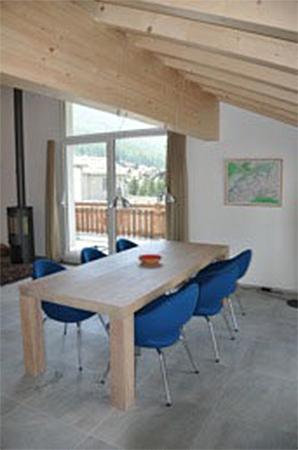 1.CQ-houtbewerking-tafel-massief-eiken