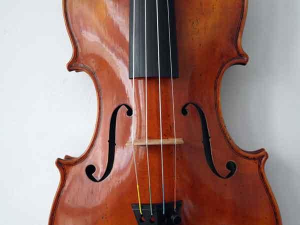 2.CQhoutbewerking viool